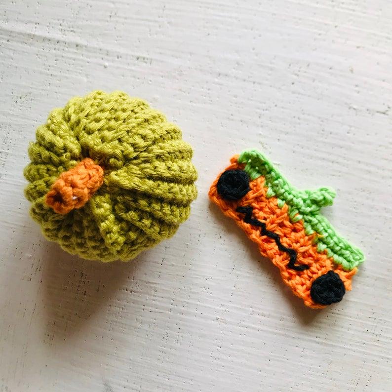 Halloween pumpkin face mask extender crochet pattern