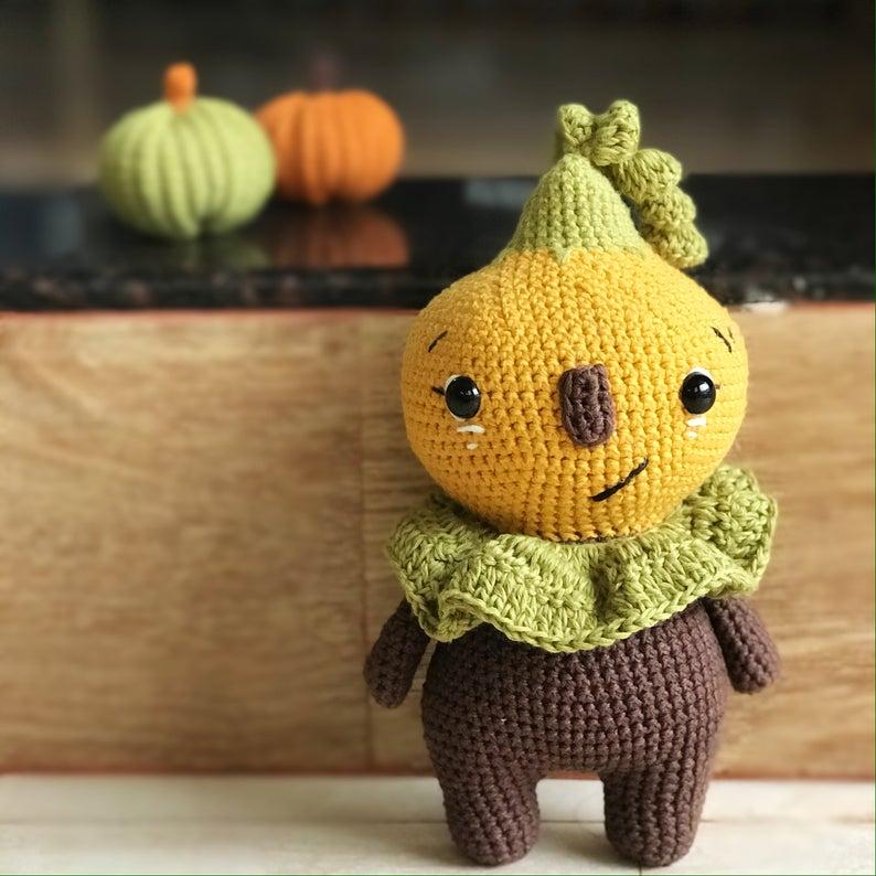 Cozy farmhouse pumpkin doll knitting pattern, no sew Halloween home decor crochet pattern