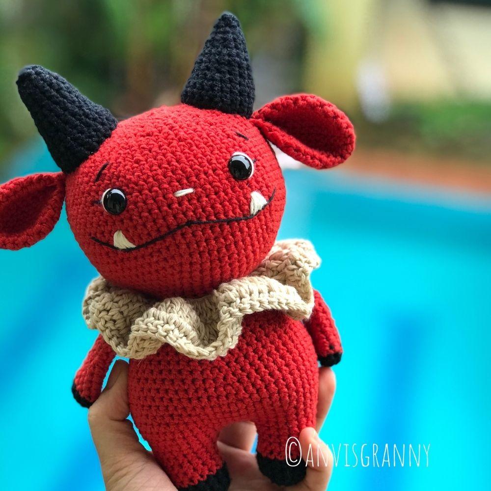Dark the devil doll amigurumi Halloween crochet pattern for beginners, almost no sew crochet pattern