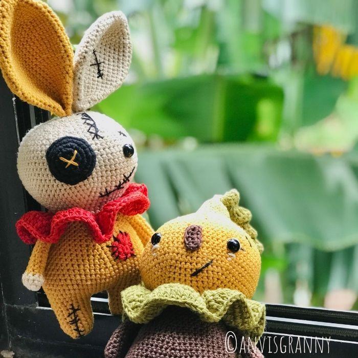 Halloween crochet amigurumi doll pattern: Pumpkin doll amigurumi, bunny amigurumi