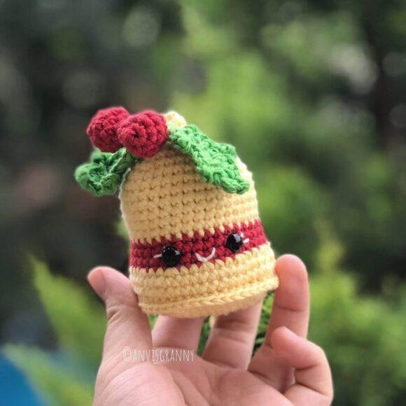 crochet christmas bell ornament pattern for beginners