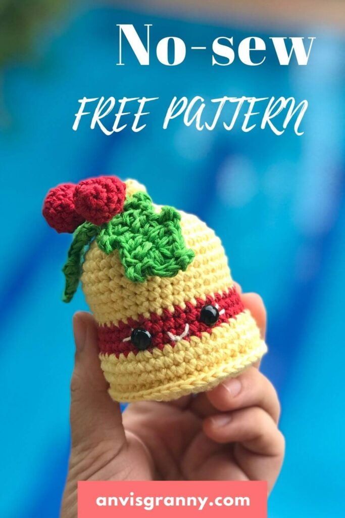 crochet christmas bells ornament  free pattern for beginners
