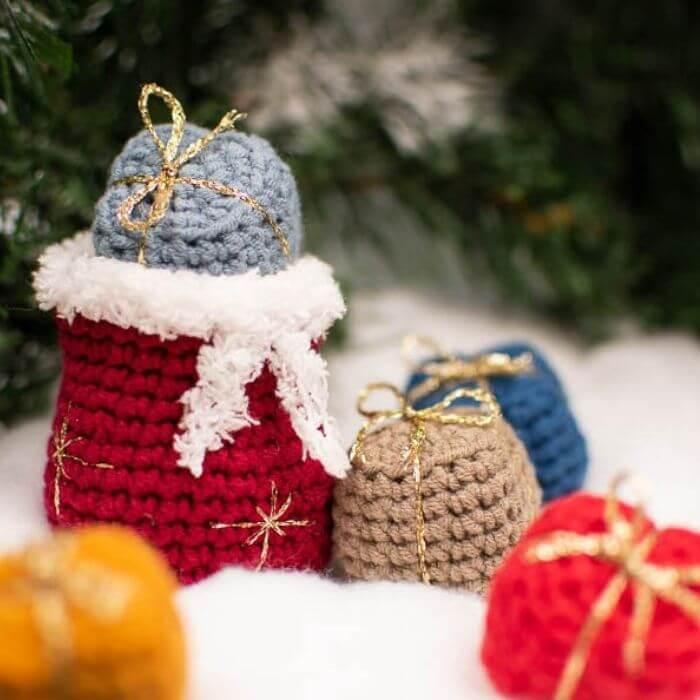 Santa's bag and gifts ornament