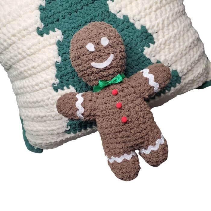 Gene the Gingerbread Man amigurumi crochet free pattern