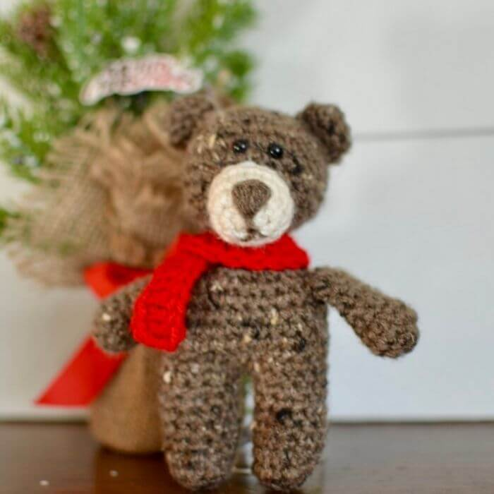 Bart the Bear amigurumi pattern