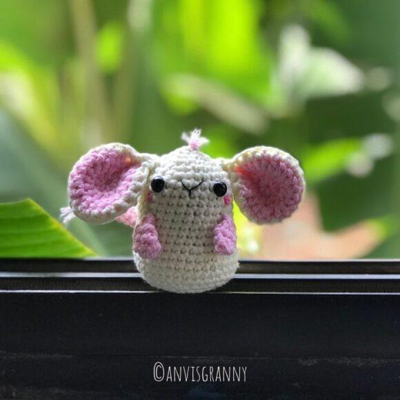 zodiac mouse amigurumi crochet pattern for beginners