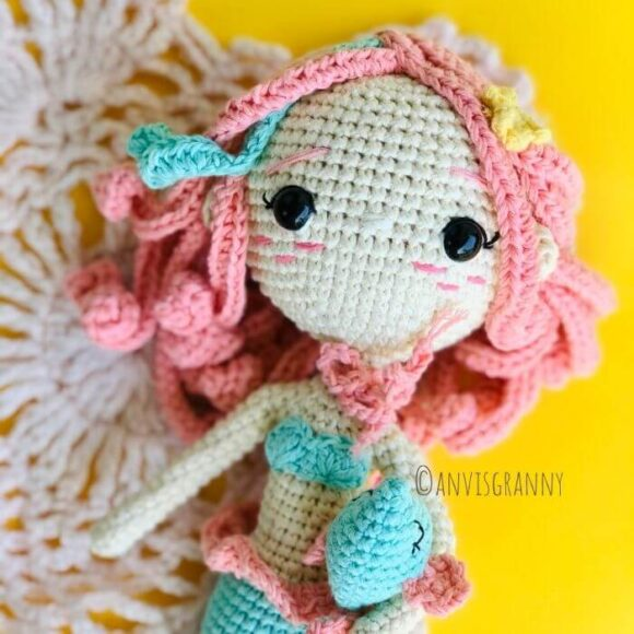 Pisces zodiac amigurumi doll - mermaid crochet pattern