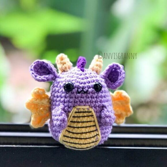Crochet zodiac dragon amigurumi pattern and video tutorial, exclusive dragon birhtday card