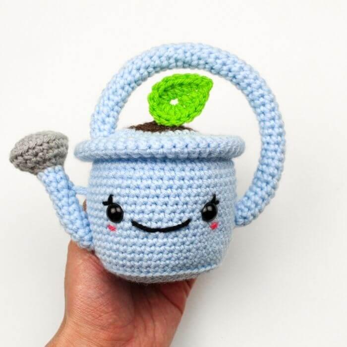 watering pot amigurumi crochet pattern