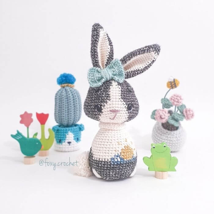 Dutch Bunny amigurumi crochet pattern