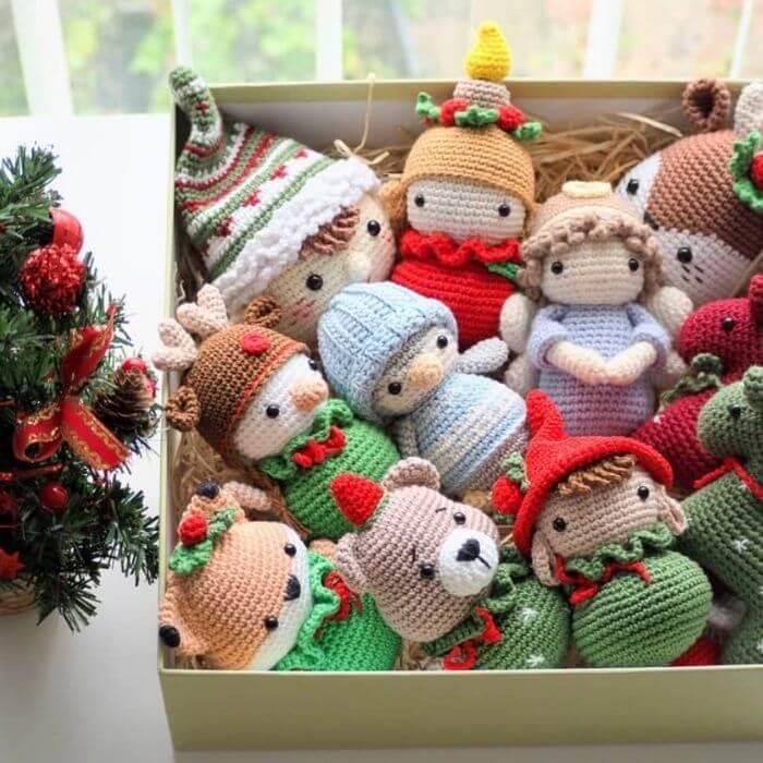 Christmas ornament amigurumi crochet pattern