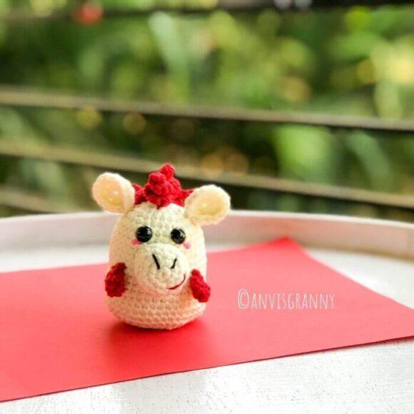 Chinese horse zodiac amigurumi crochet pattern and video tutorial for beginners