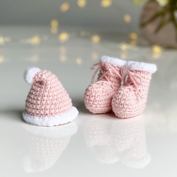 Santa's Hat & Boots Pattern
