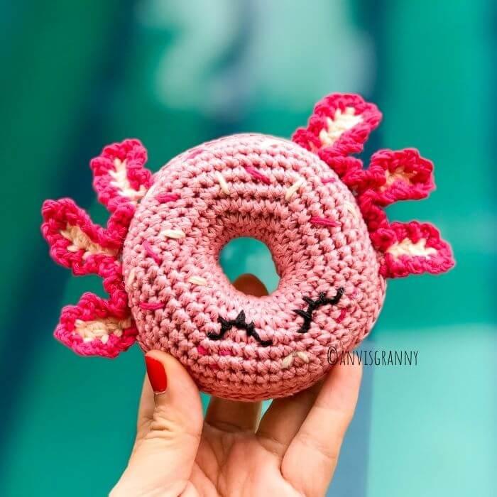 kawaii axolotl amigurumi donut crochet pattern for beginners