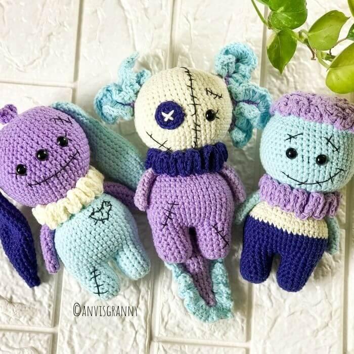 Halloween amigurumi creepy crochet pattern - no sew amigurumi doll pattern