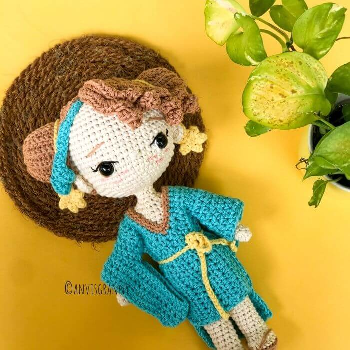 Amigurumi Libra Zodiac Doll crochet pattern