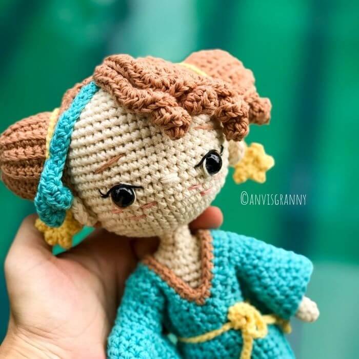 Libra horoscope sign amigurumi crochet doll pattern