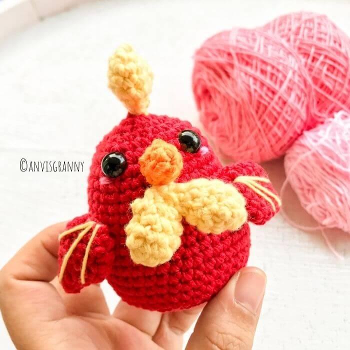 cute rooster amigurumi pattern for beginners